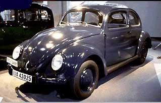 Car10-1942-PHOTO2-in-Toyota-Museum